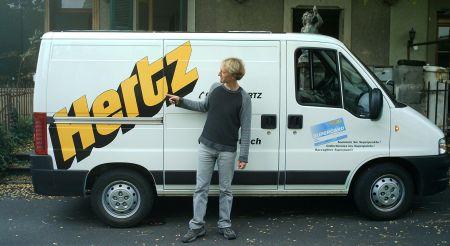 Mann mit Hertz
