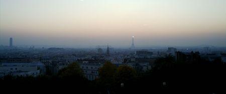 Paris in der Dämmerung