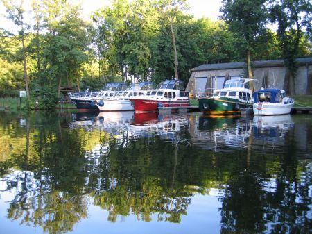 Alter Hafen im Ziegeleipark Mildenberg
